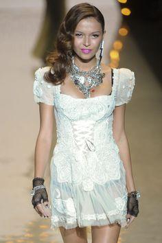 Betsey Johnson at New York Fashion Week Spring 2012 - Runway Photos