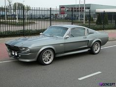 Ford Mustang Shelby GT 500 id drive it! Ford Mustang Shelby Gt500, Ford Shelby, 1967 Mustang, Ford Gt500, Mustang Cars, Car Photos, Car Pictures, Shelby Gt 500, Shelby Eleanor