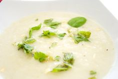 Hämmentäjä: Hurmaava fenkoli-palsternakkakeitto. Charming fennel and parsnip soup.