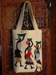 African Art, African Prints, Diy Purse, Jute Bags, Crewel Embroidery, African Fashion, Folk Art, Purses And Bags, Reusable Tote Bags