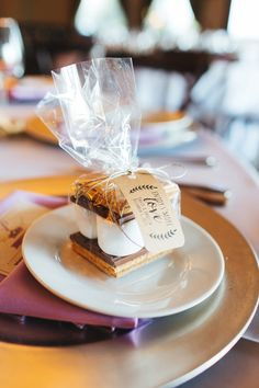S'More Wedding Favors at Wiens Family Cellars Winery  http://www.wienscellars.com/temecula-wedding/ David & Vanessa Photo By Tracy Dodson Photography