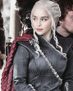 You are watching the movie Game of Thrones on Putlocker HD. Set on the fictional continents of Westeros and Essos, Game of Thrones has several plot lines and a large ensemble cast but centers on three primary story arcs. Emilia Clarke Daenerys Targaryen, Game Of Throne Daenerys, Daenerys Targaryen Aesthetic, Targaryen Wallpaper, Got Serie, Arte Game Of Thrones, Game Of Thrones Characters, Hbo Got, Jon Snow And Daenerys