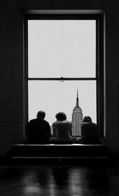 Luc Dratwa :: from 'Windows' series / src: luc dratwa dratwa de dos from behind state building