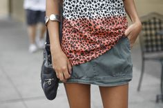 My Fall-ish look #zara #ombre #A #olive #cargoskirt #marcbymarcjacobs bag and #vintage #cuff #blogger #fashionblog #fashionroll