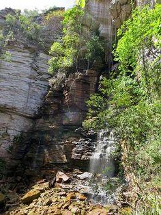 A belíssima Cachoeira do Recanto Verde pode ser encontrada na trilha para a Cachoeira do Buracão