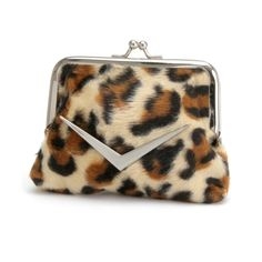 Adorable coin purses, perfect to carry on a day or night out. Great to carry around that change, lipsticks etc! Shown in leopard faux fur.