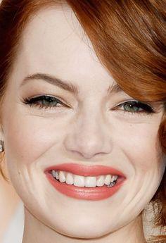 Close-up of Emma Stone at the 2015 Oscars. http://beautyeditor.ca/2015/02/23/oscars-2015