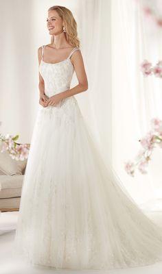 Courtesy ofNicole Spose wedding dresses;www.nicolespose.it