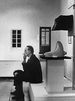 A ARTE, A IMAGEM E O COTIDIANO: Marcel Duchamp e o O urinol invertido