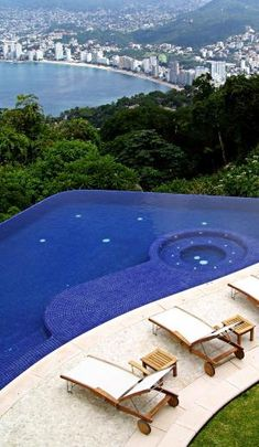 infinity and beyond pool