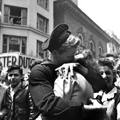 30 Photographs Capturing the End of World War II in Europe