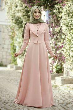 Rana Zen - Endam Elbise - Pudra Source by dresses muslim Dress Muslim Modern, Muslim Dress, Muslim Women Fashion, Islamic Fashion, Abaya Fashion, Fashion Dresses, Hijab Style Dress, Abaya Style, Moslem Fashion