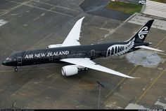 This new 787-9 in @FlyAirNZ livery looks amazing!