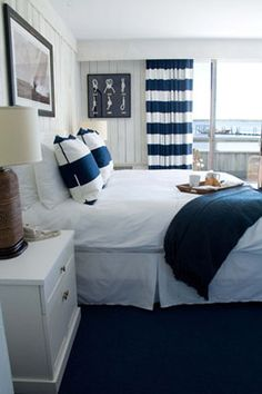 This reminds me of the hotel we stayed in San Diego on the marina. Would be great for a coastal home Nautical Bedroom, Coastal Bedrooms, Nautical Home, Guest Bedrooms, Bedroom Decor, Rustic Bedrooms, Nautical Style, Guest Room, Interior Design Advice