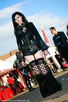 A cyber goth in all black....I like it