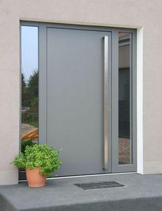 Modern Entrance Door, Modern Exterior Doors, Modern Front Door, Front Door Entrance, House Front Door, House Doors, House Entrance, House Main Door Design, Front Door Design