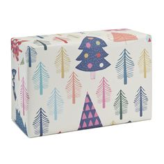 WHITE CHRISTMAS by Sara Brezzi.Printed in Italy on eco-friendly Crush paper by Favini.