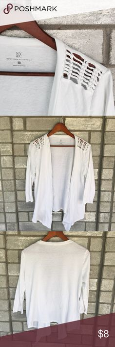 White Boho Cardigan Summer style cardigan• light and fresh• Excellent condition• Washing Instructions and Materials listed above• 100% cotton Tops