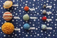 Crocheted Solar System, Set of stuffed planets in textile bag Crochet With Cotton Yarn, Crochet Yarn, Hand Crochet, Crochet Patterns For Beginners, Knitting Patterns, Crochet Mobile, Tsumtsum, Crochet Baby Toys, Boyfriend Crafts