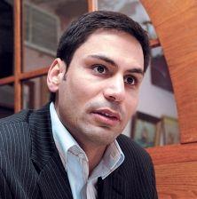 Gerry Sklavounos est député libéral dans Laurier-Dorion depuis mars 2007.