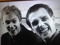 Ade Edmondson and Rik Mayall British Comedy, British Actors, Crazy People, We The People, Ade Edmondson, Witty Insults, Rik Mayall, Comedy Duos, Great Comedies