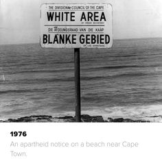 Apartheid Us History, African History, Black History, Nelson Mandela Apartheid, Museum Of Curiosity, South Afrika, African Royalty, Political Art, Historical Pictures