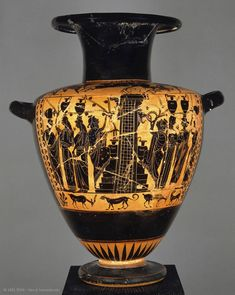 Attic black-figure hydria Department of Greek, Etruscan, and Roman Antiquities: Archaic Greek Art (7th-6th centuries BC) | Louvre Museum | Paris