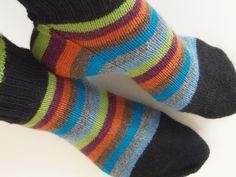 Lankaterapiaa: Squaring the circle - Squircle socks