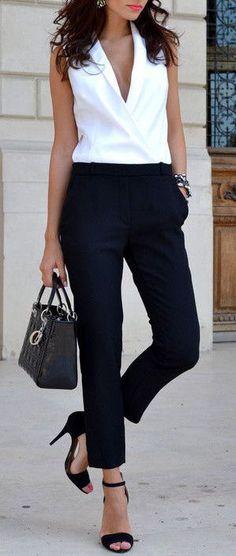 Classy Black & White ❤︎
