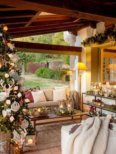 0e8dbb838f1fb 00445079 O. Porche rústico decorado de Navidad 00445079 O