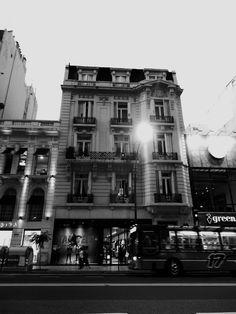 https://flic.kr/s/aHskCVg8tr | Nike Women, Recoleta, Buenos Aires | Nike Women, Recoleta, Buenos Aires
