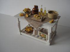 Miniature Italian limoncello preparation board