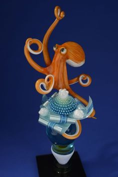 poulpe Easter Chocolate, Chocolate Art, Blown Sugar Art, Pulled Sugar Art, Octopus Illustration, Sugar Glass, Chocolate Showpiece, Amazing Food Art, Food Sculpture