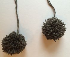 Lue og hals til ettåring | Strikk byBernsen Baby Knitting Patterns, Crochet Necklace, Crafts, Jewelry, Dusk, Om, Barn, Fashion, Moda