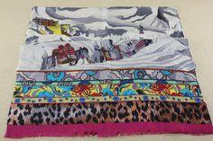 potala palace print wool scarf  Grey Rose