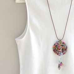 Boho statemen fabric Necklace Fabric tribal necklace por ATLIART