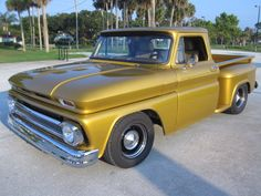 Chevrolet : C-10 Short bed step side