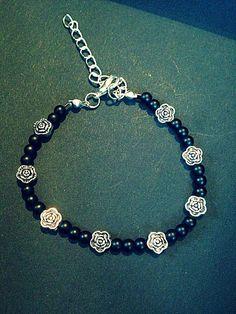 Blue Bracelets, Bracelets Bleus, Jewelry Bracelets, Jewelry Ideas, Charmed, Beads, Womens Fashion, Etsy, Handmade Jewelry