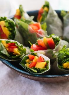 Mango spring rolls, a fresh appetizer to serve at spring/summer parties! - cookieandkate.com