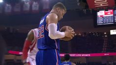 Blake Griffin Gets Back-to-Back Triple-Doubles
