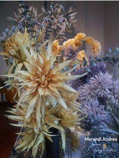 Crepe Paper Flowers at Studio Quaranta in Brescia (Italy) / Fiori in carta crespa per Studio Quaranta a Brescia - Artist/Artista: Andrea Merendi - Paper/Carta: Cartotecnica Rossi