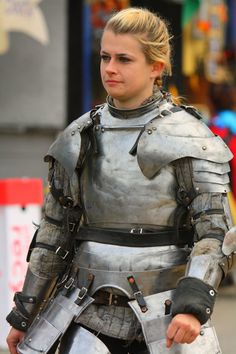 What a joy it is to see a woman in functional armor as opposed to the fantasy…