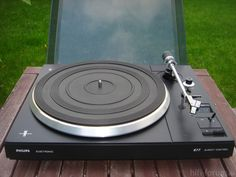 Philips 677 - my turntable