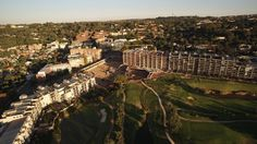 Aerial_View_of_the_Houghton_Hotel