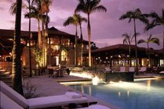 The beautiful Zimbali Lodge at Tinley Manor on the Dolphin Coast. Zulu, Travel Guide, Coast, Mansions, House Styles, Beautiful, Yule, Mansion Houses, Manor Houses