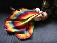 Ravelry free pattern: Round or Pinwheel Baby Blanket pattern by Genia Planck Ravelry Free Patterns, Knitting Patterns Free, Free Knitting, Baby Knitting, Wayback Machine, Knitted Baby Blankets, Niece And Nephew, Loom Knitting, Pinwheels