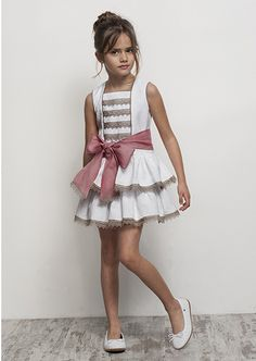 Girl's party dress by Tartaleta Little Dresses, Little Girl Dresses, Girls Dresses, Flower Girl Dresses, Fashion Kids, Little Girl Fashion, Toddler Dress, Baby Dress, Baby Kind