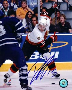 Dany Heatley Signed 8x10 Photograph #SportsMemorabilia #OttawaSenators