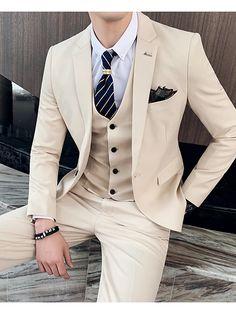 Mens 3 Piece Suits, Mens Casual Suits, Wedding Men, Wedding Suits, Tan Tuxedo Wedding, Great Gatsby Men Outfit, Traje Slim Fit, Mens Tux, Mode Costume
