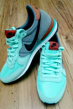 My style.... Sneakers Nike Internationalist